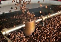 """Cà phê xuất khẩu của Việt Nam đang chịu """"thiệt thòi"""" về giá bán"""